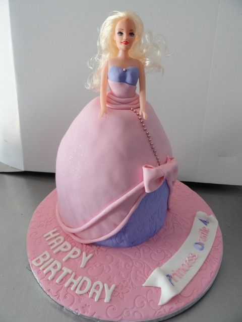 bdc182--barbie-cake