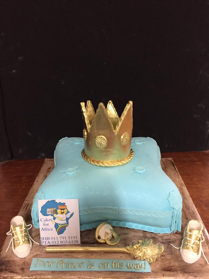 chc072--cushion-cake-with-crown