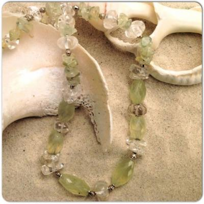 npq01--prehnite-and-quartz