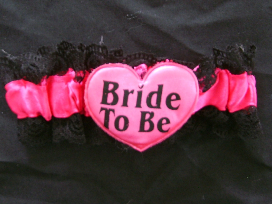 bride-to-be--garter-