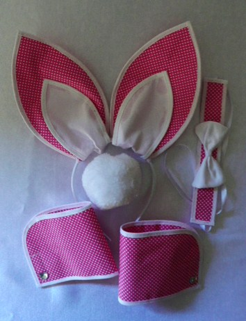 playboy-bunny-pink-and-white-polka-dot--5-piece-set-