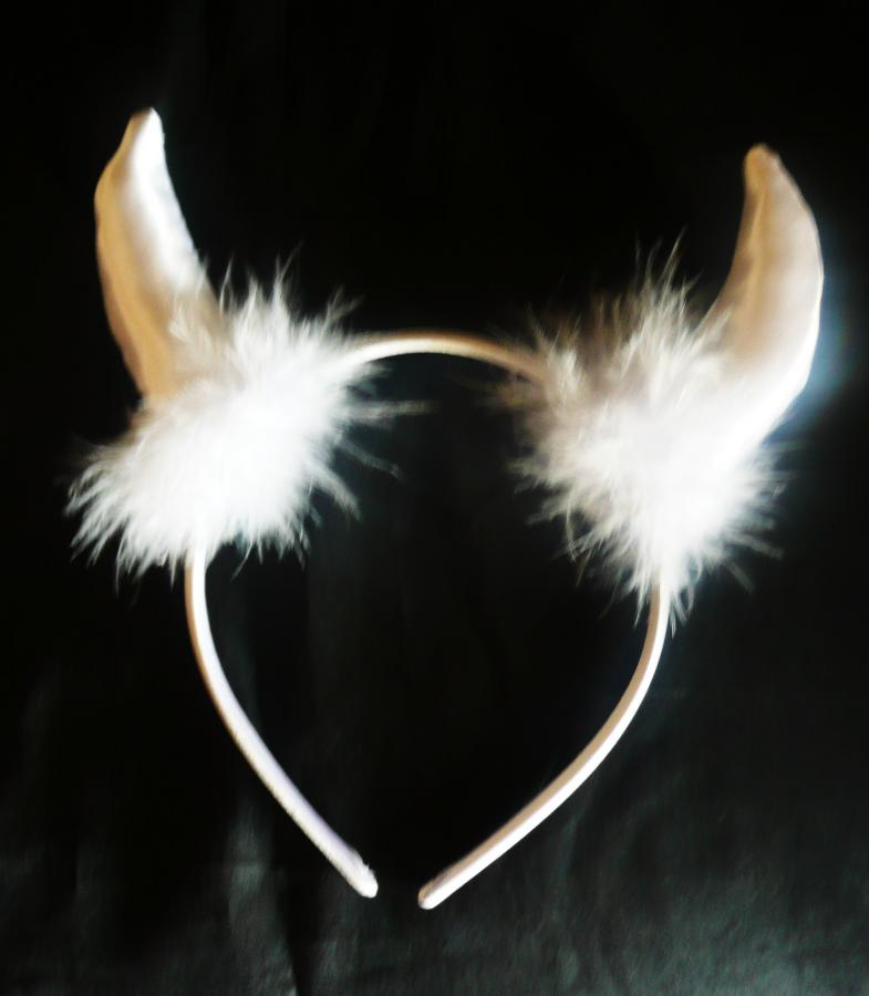 devil-horns--white-
