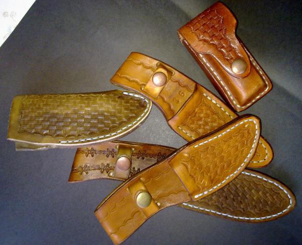 custom-sheaths-in-leather-or-kydex