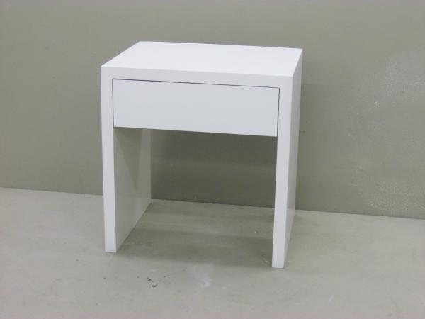 u-shape-side-table-with-drawer