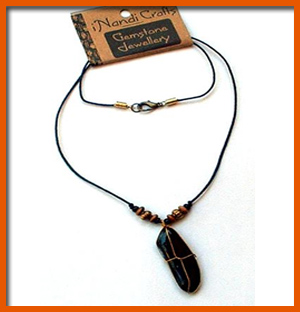 plain-stone-necklace-brightearthy