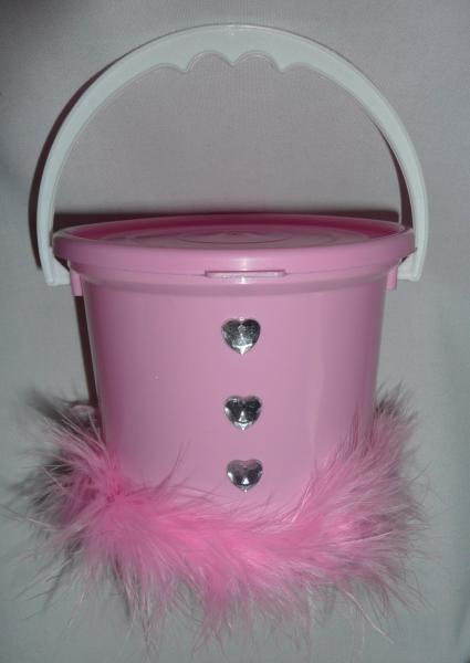 bachelorette-donation-bucket--pink