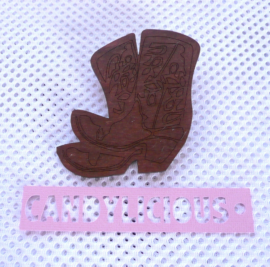 cowboy-brooch--cowboy-boots--brown-