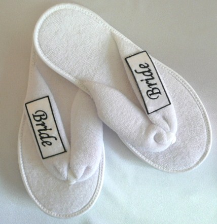 slippers--ladiesmen's-kids-slippers--open-toe-thong-&-closed-toe-style-