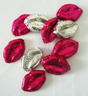 &quotsmooch&quot--lips-chocolates--15--box