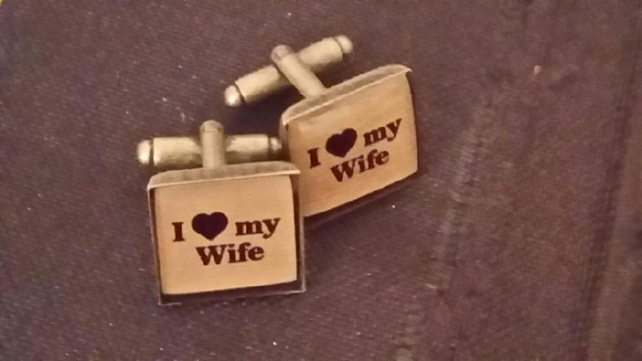 cuff004-cufflinks-square-&ndash-copper-customised-with-own-message--photo