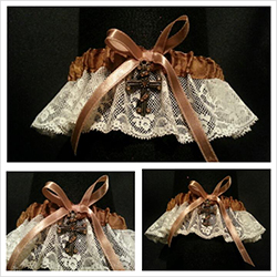 cream-&amp-brown-garter